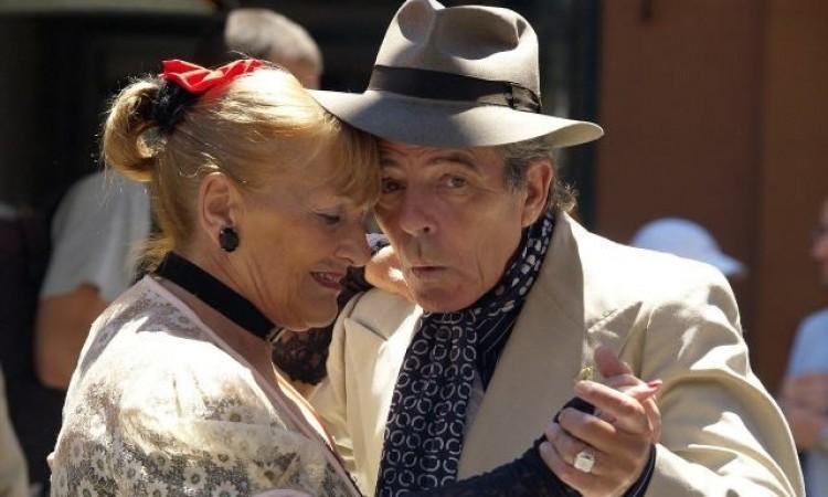 Expectativa de vida do brasileiro ultrapassa os 75 anos