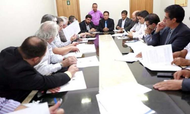 Governo Estadual aceita alterar projetos que aumentam o IPVA em 50%