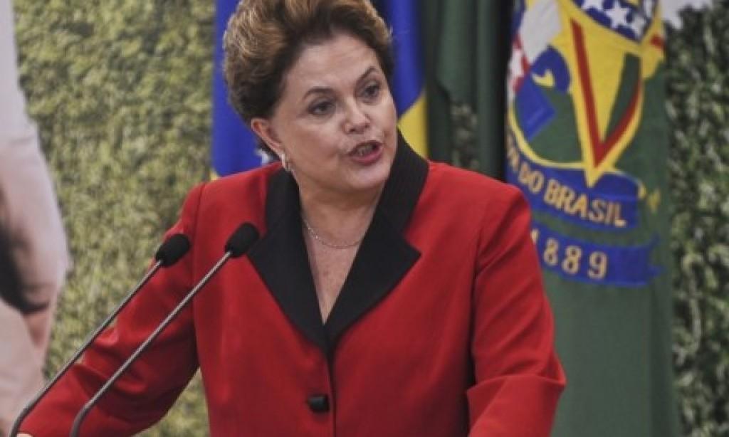 Lulistas armam abandonar Dilma e tirá-la do PT