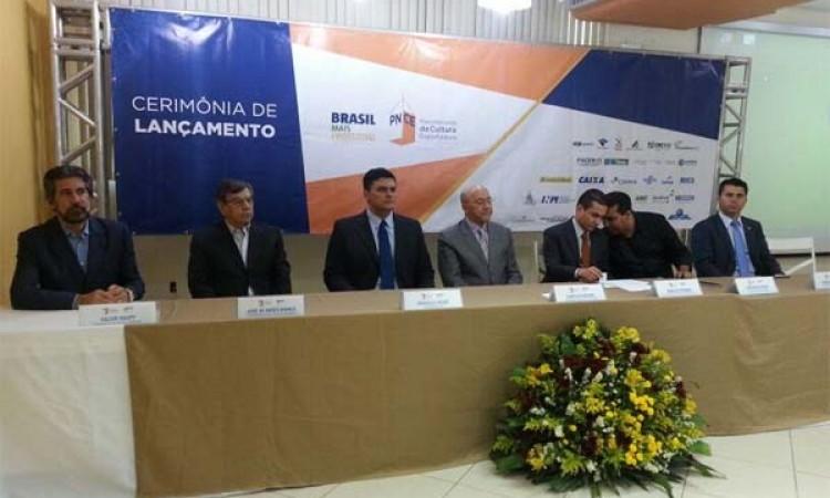 Na visita de ministro a RO, Raupp defende investimentos no Distrito Industrial e na ZPE