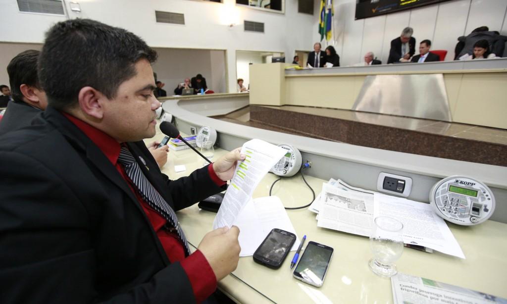 Assembleia aprova redução de dias de sessão no período eleitoral