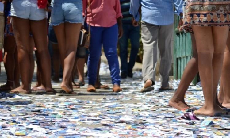 16% dos brasileiros vão às urnas hoje para escolher prefeitos de 57 cidades