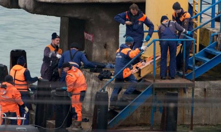 Avião militar russo cai no Mar Negro com 93 pessoas a bordo