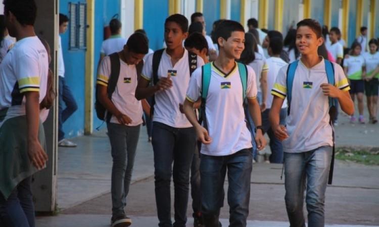 Rondônia adota o Ensino Médio integral em 10 escolas a partir de março para mais de seis mil alunos