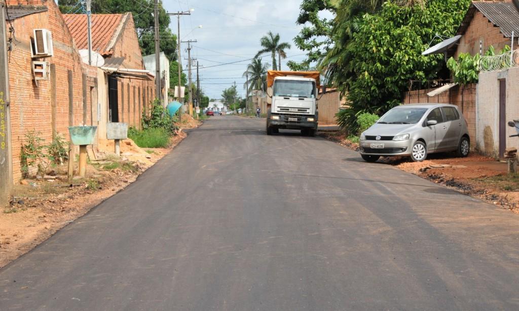 Prefeitura já está concluindo asfaltamento no bairro Cuniã