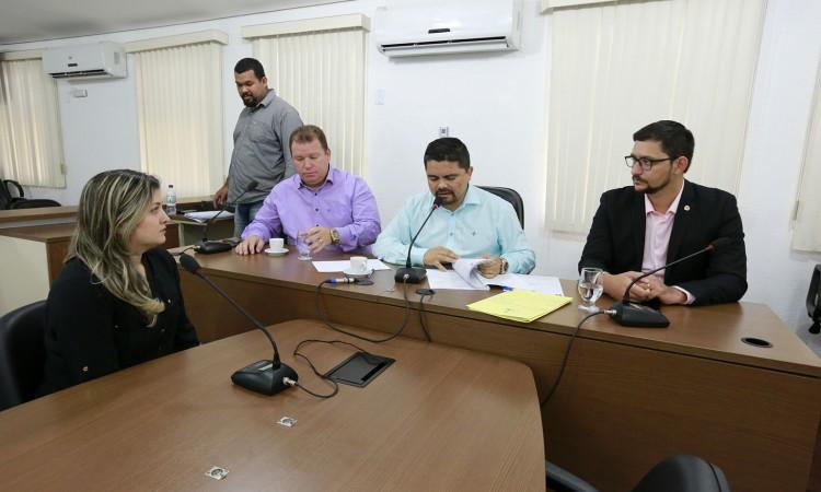 Comissão de Segurança Pública ouve servidora demitida do Detran