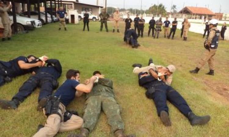 Policiais e bombeiros concluem curso de segurança na fronteira, em Pimenta Bueno