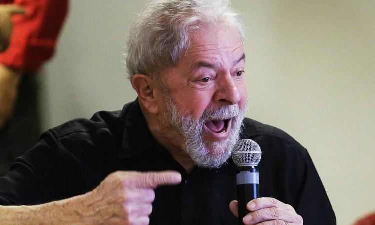 Lula: Não tenho cara de demônio, mas me respeitem como se fosse