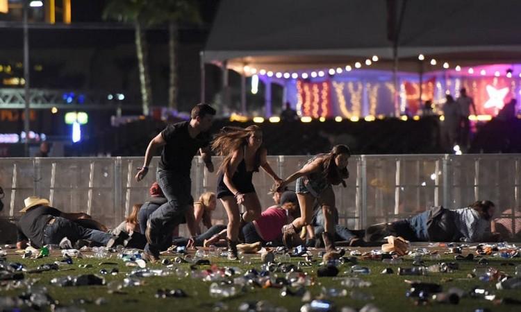 Tiroteio deixa ao menos 50 mortos e centenas de feridos em Las Vegas