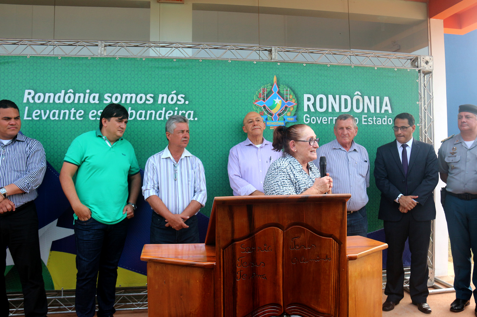 Deputada-L_cia-Tereza-parabeniza-governador-por-inaugura__o-da-Unisp-Foto-Assessoria.jpg
