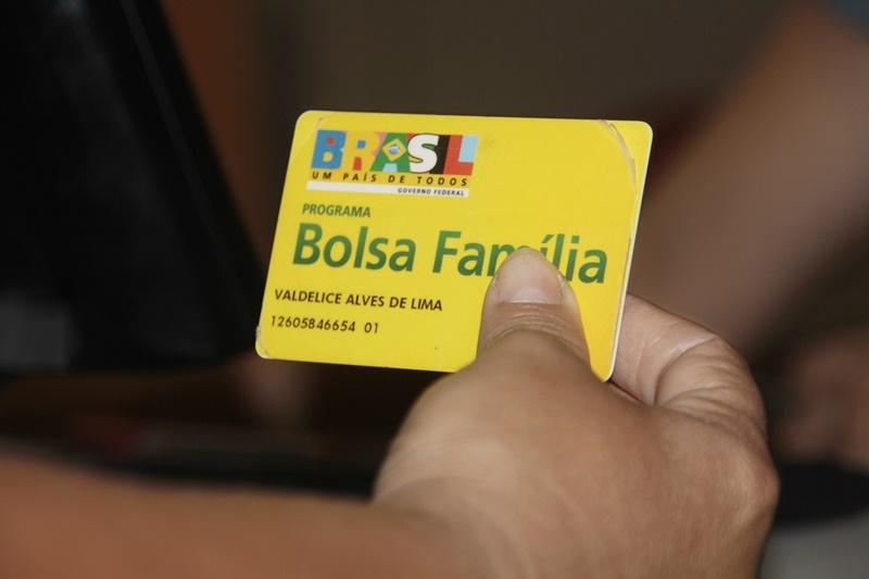 Bolsa_FamiliasDistritos_800px4Recadastra-Bolsa-16_002.jpg