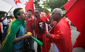 Lula-contra-e-a-favor-170216-1.jpeg