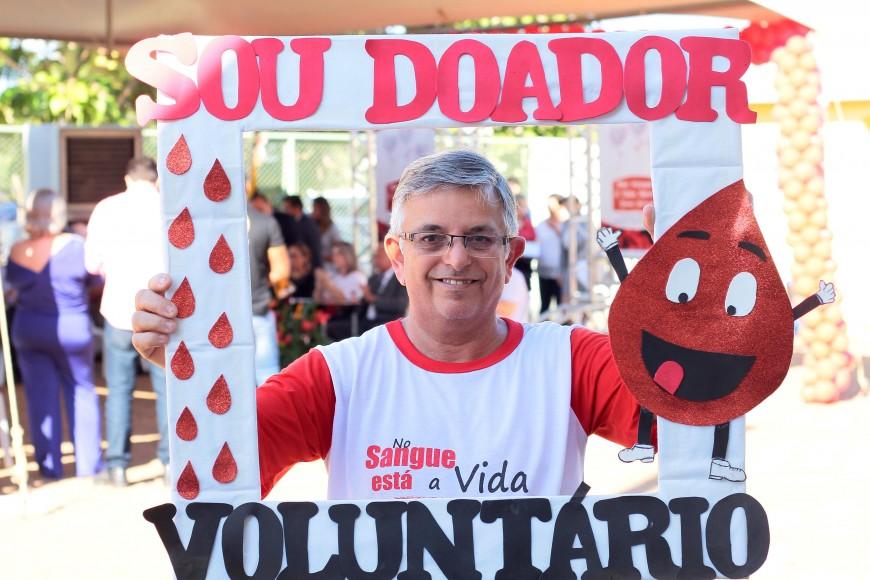 Dia-mundial-do-doador-voluntário-de-sangue_Fhemeron_14.06.16_Foto_Daiane-Mendonça-12-870x580.jpg