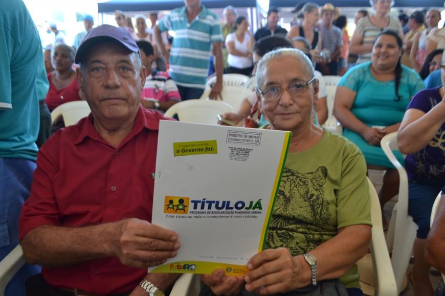 Cabixi-Entrega-Titulos-Ja-Fotos-Marcelo-Gladson-481-870x580.jpg