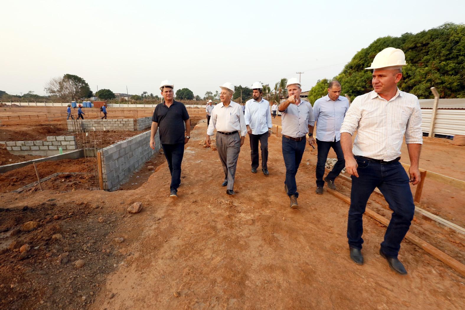 presidente-da-assembleia-vistoria-obras-do-complexo-beira-rio.jpg