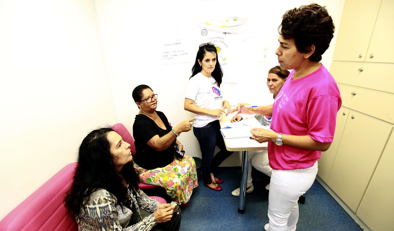 departamento-medico-da-ale-realiza-acoes-de-prevencao-ao-cancer-em-mulheres.jpg