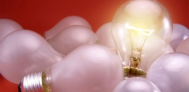 luz-lampada-acesa-apagao-energia-eletrica-transmissao-eletricidade-forca-conta-blecaute-consumo-aneel-1466650754664_615x300.jpg