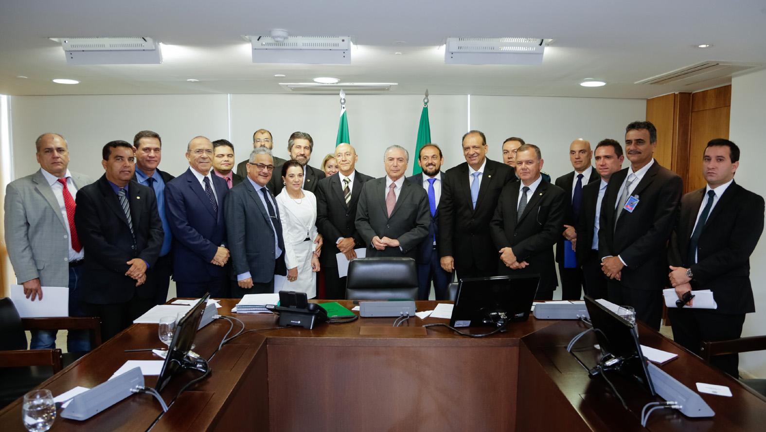 laerte-acredita-em-avancos-na-regularizacao-fundiaria-apos-reuniao-em-brasilia.jpg