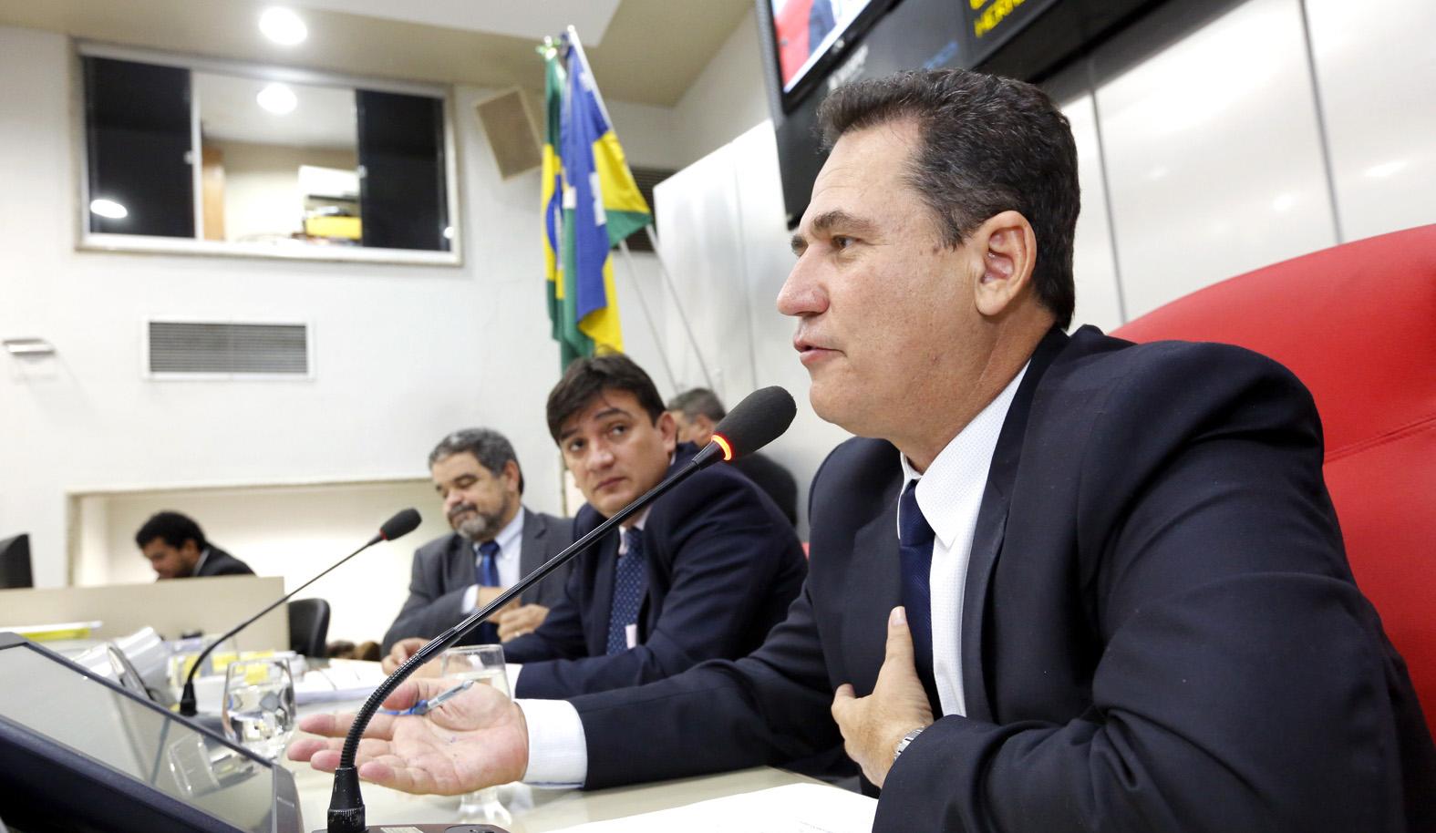 maurao-discutira-regularizacao-fundiaria-em-rondonia-com-presidente-michel-temer.jpg