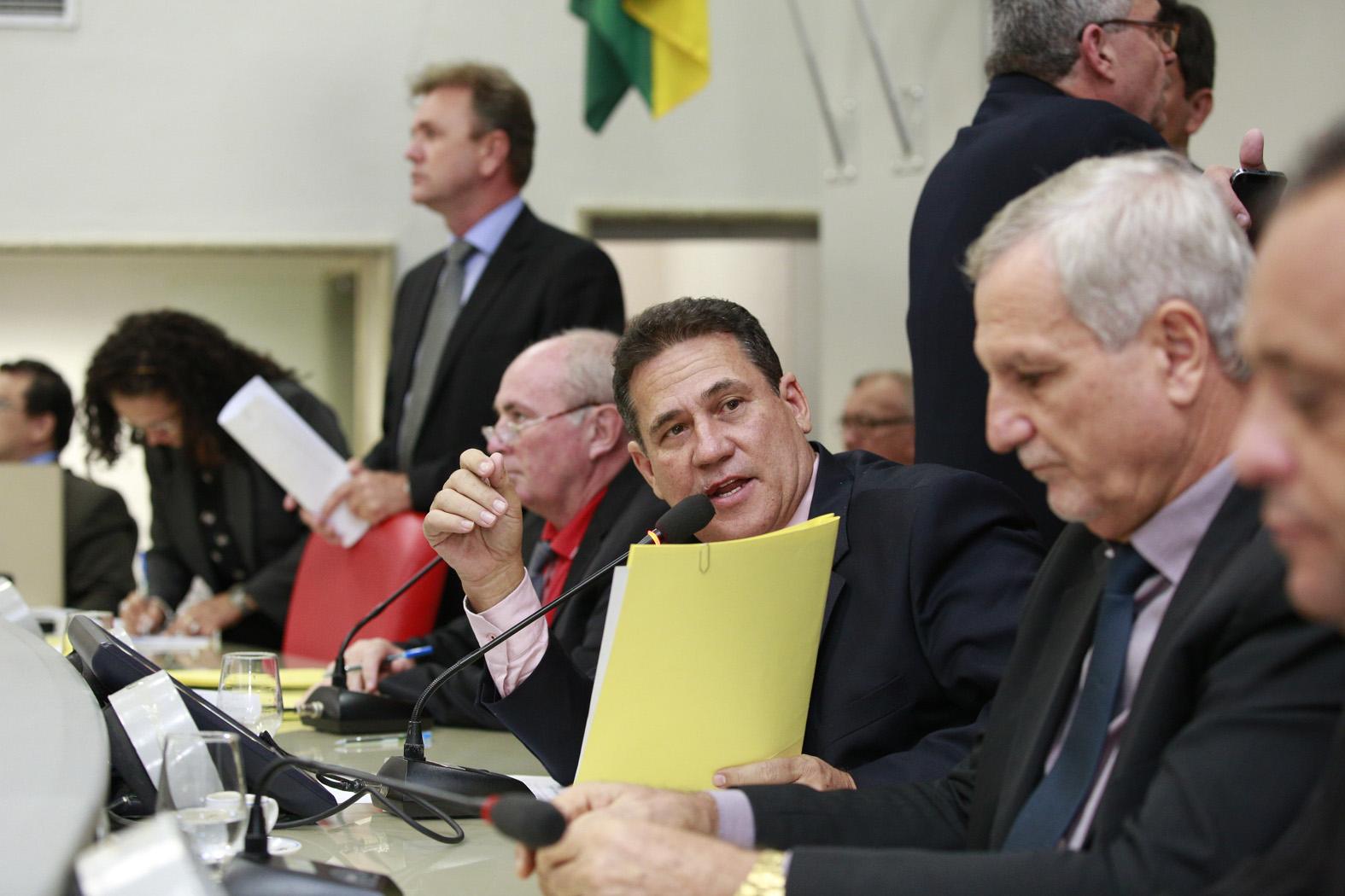 assembleia-reduz-percentual-de-aumento-na-aliquota-do-iperon-proposto-pelo-governo.jpg