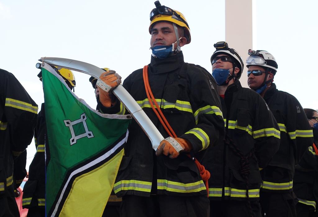 Treinamento-de-salvamento-veicular_Corpo-de-Bombeiros_15.06.16_Foto_Daiane-Mendonça-9.jpg
