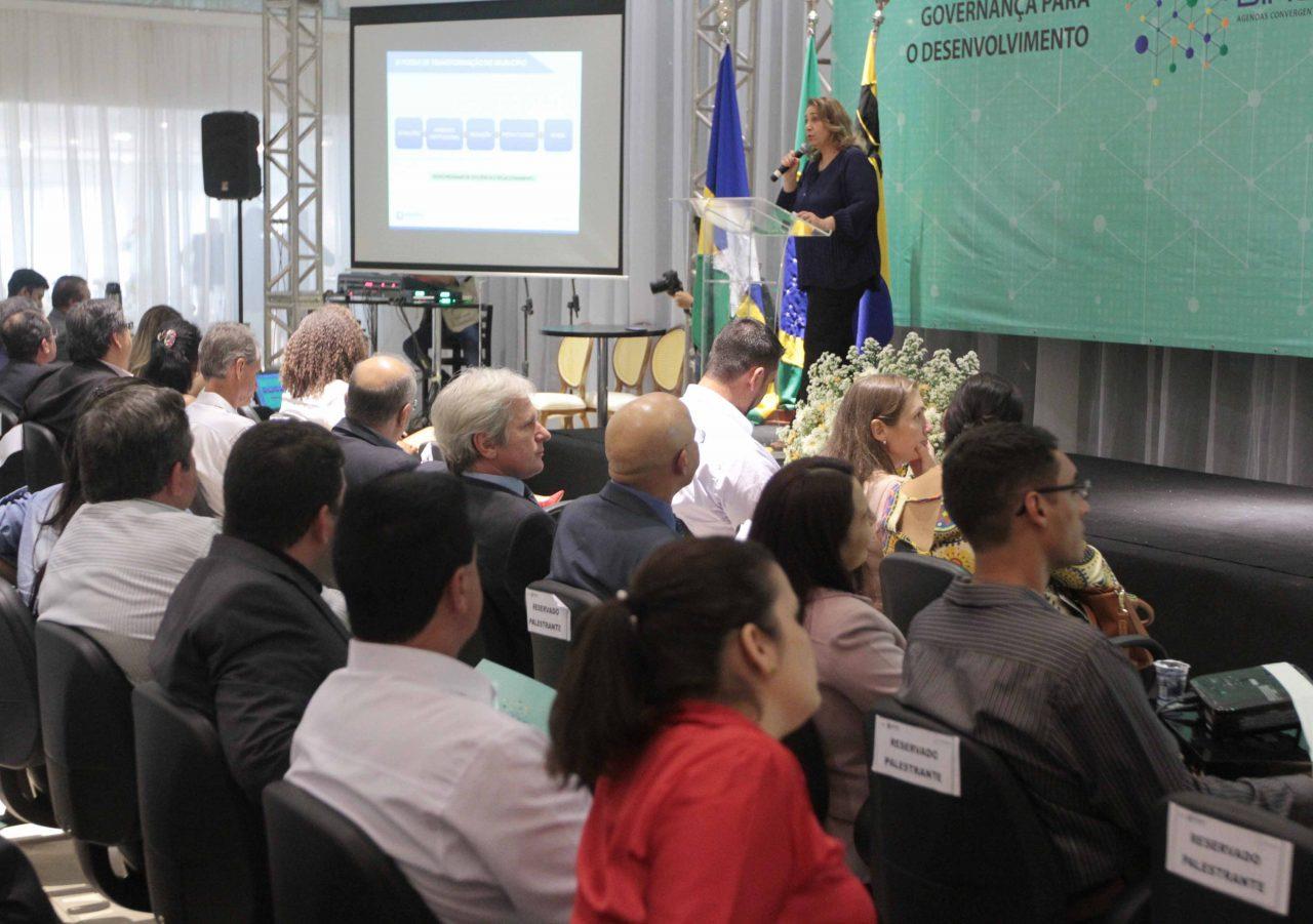 Cira-Moura-fotos-de-Esio-Mendes-19.jpg