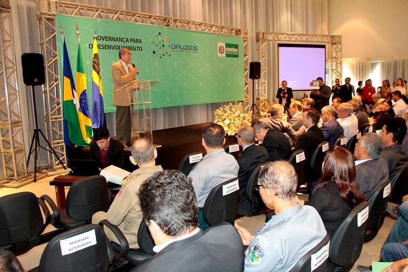 FOTOS-MATÉRIA-WORKSHOP-GOVERNANÇA-PARA-O-DESENVOLVIMENTO-FOTOS-ADMILSON-KNIGHTZ-EM-08.02-14.jpg