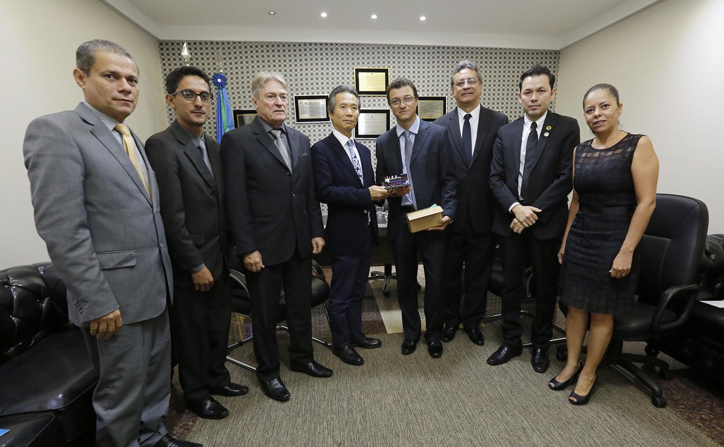consul-geral-do-japao-visita-assembleia-legislativa.jpg
