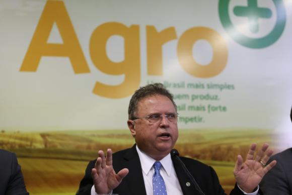 ministro-agricultura.jpg