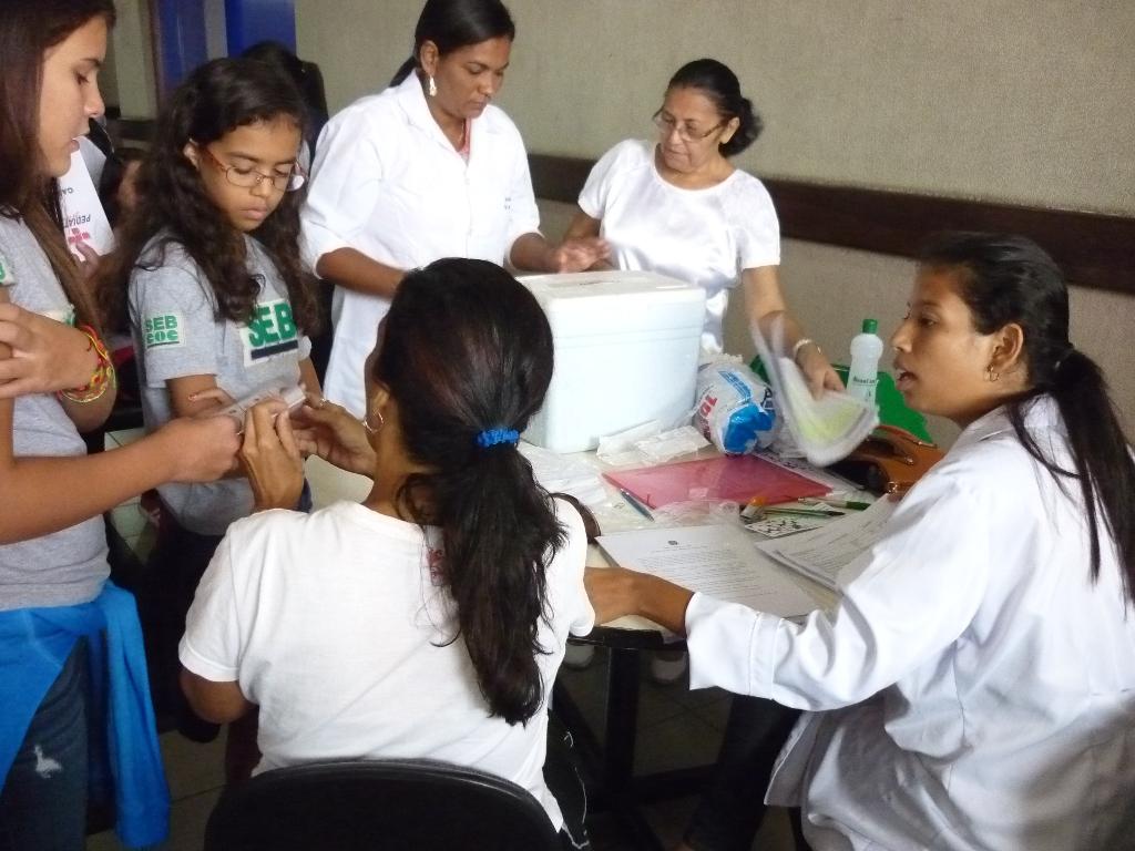 vacinaçao-nas-escolas.jpg