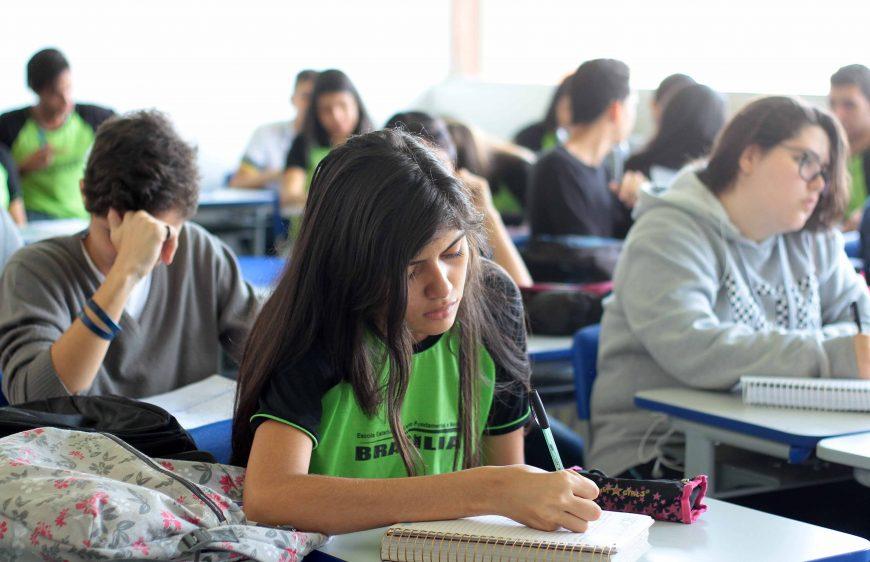 alunos-escola-Brasilia.jpg