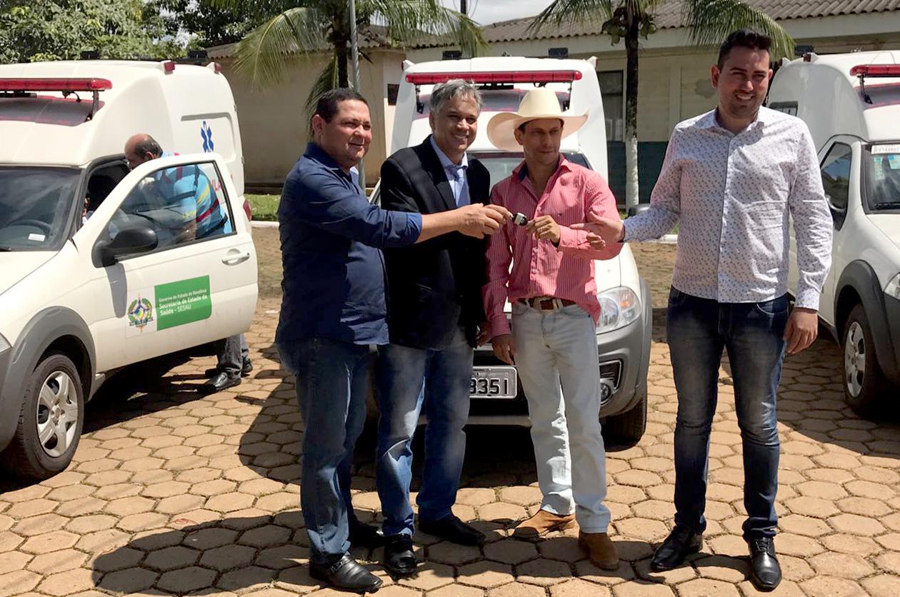 deputado-geraldo-da-rondonia-participa-da-inauguracao-de-nova-ala-no-hb.jpg