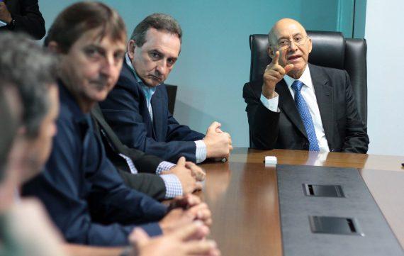 Audiência-com-o-prefeito-e-vereadores-de-Rolim-de-Moura_29.05.17_Foto_Daiane-Mendonça-9-570x361.jpg