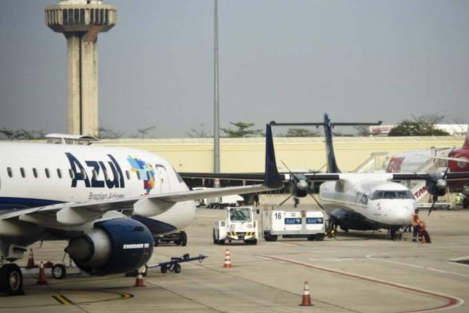 aviacao-aviao-aeroporto-cia-aerea-azul-20110825-20-original4.jpeg