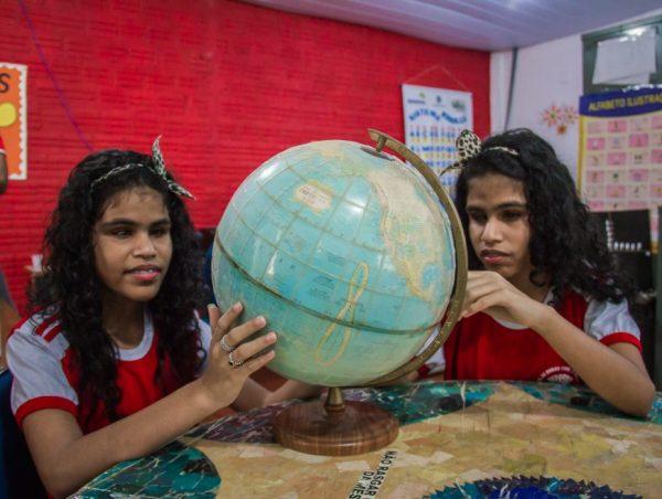 Educação-Inclusiva-Thauany-Receba-e-Thaíra-Vitória-15-08-2017-Fotos-de-Jeferson-Mota-1-1-870x656-600x452.jpg