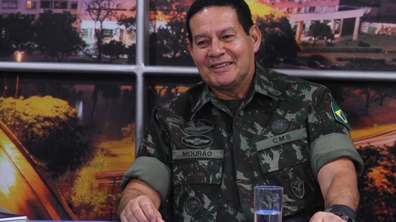 general-Antônio-Mourão.jpg