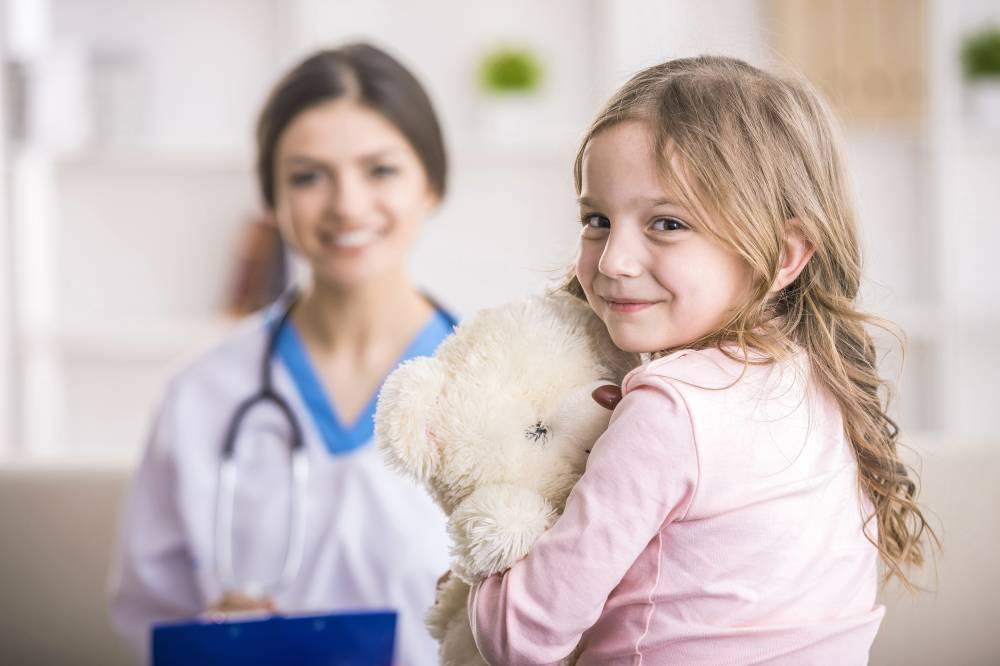 pediatra-criança.jpg